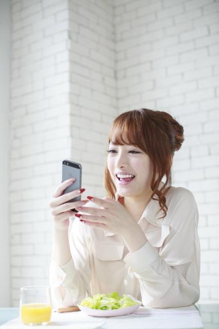 タイ 携帯電話 番号,タイ 携帯 simフリー,タイ 携帯電話 チャージ 方法